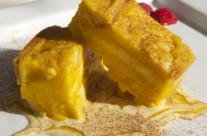 Breadbutter pudding con crema inglese