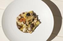 Paccheri con palamita, capperi e olive