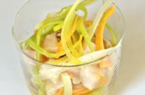 Bocconcini di ricciola marinati al passion fruit e pepe di Sechuan con verdure croccanti